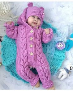 Oyy yerim ki 😍 Yorum ve begeni bekliyorum hanımlar 🤗 Baby bear baby bamsedragt pattern by by amstrup – Artofit Pin by Kristine Fish on Cute This Pin was discovered by hil Image gallery – Page 321937073361283514 – Artofit Knitting For Kids, Baby Knitting Patterns, Baby Patterns, Pull Bebe, Baby Overalls, Knitted Baby Clothes, Designer Kids Clothes, Baby Cardigan, Baby Sweaters