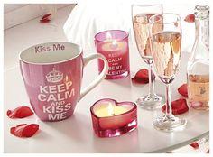 Iedereen weet het: bij een romantisch diner horen kaarsen. Nog nét iets romantischer wordt het wanneer de kaarsen in een romantisch glas staan te branden...