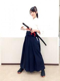 ℃-ute矢島舞美の立ち姿がかっこいいと話題   カラフル x ハロプロ