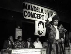 Activist and icon of the anti-apartheid movement, Winnie Madikizela-Mandela has passed away at 81 years old. Married to Nelson Mandela for 38 years (and separated for 30 years because of his impris… Nelson Mandela, South Africa States, Black Power Salute, Winnie Mandela, Pops Concert, Good Sources Of Protein, Wedding Countdown, Apartheid, Figure Competition