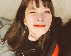 Kpop Girl Groups, Korean Girl Groups, Kpop Girls, Red Velvet Seulgi, Red Velvet Irene, Black Velvet, Dream Hair, Latest Pics, Role Models