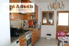 Apartamento T3 com elevador, Suite, varandas, 2 lugares de garagem, arrecadação com 25 mt2, a 10 min de varias praias.
