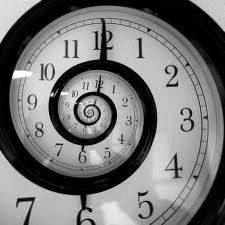 BAşlarken dinmeyecek sevdaya saatler belirsizdir