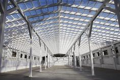 SOHO FACTORY - HALL 19 |  concrete, white brick, art space, adaptation, steel structure