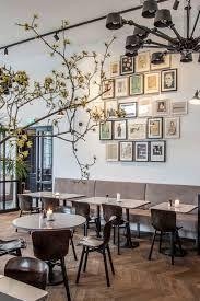 morgan & mees (kruising nassaukade 2e hugo de grootstraat)  diner with the parents coffee and laptop