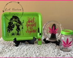 Don't Panic It's Organic Rolling Tray Set Green Glitter Rolling Tray Set 4 Piece Custom Rolling Tray Diy Resin Tray, Diy Resin Crafts, Glass Pipes And Bongs, Custom Coffee Cups, Black Tray, Stash Jars, Green Glitter, Neon Green, Resin