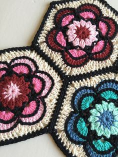 Transcendent Crochet a Solid Granny Square Ideas. Inconceivable Crochet a Solid Granny Square Ideas. Hexagon Pattern, Granny Square Crochet Pattern, Crochet Blocks, Crochet Squares, Crochet Granny, Free Pattern, Hexagon Crochet, Flower Granny Square, Square Patterns