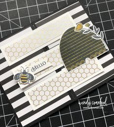 Create beautiful and unique crossover fun fold card with these awesome ideas and free printable tutorial. Featuring new Stampin' UP! Fun Fold Cards, Cool Cards, Folded Cards, Card Making Tutorials, Making Ideas, Bee Cards, Card Sketches, Card Tags, Stampin Up Cards