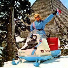 Vintage Sled, Polaris Snowmobile, Snow Machine, Snow Fun, Snowmobiles, I Cool, Stuffing, Fun Stuff, Skiing
