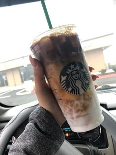 Iced Vanilla Bean Coconut Milk Latte Super yummy btw, sweet but not too much, can definitely taste the coffee! #starbucks #starbuckscoffee #yummy #foodie