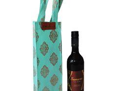 Wine gift Bag-  wine carrier- Hosting wine gift- wedding favours-Bottle Holder-Drink Holder-wine Bag- non woven bags -Wine bottle bag