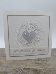 Silver wedding album with matching card, 25 Year Anniversary Gift, Anniversary Gifts For Parents, Wedding Anniversary Cards, Wedding Album, Wedding Cards, Birthday Gifts For Bestfriends, Coffee Wedding Favors, Valentines Day Drawing, Wedding Flower Decorations