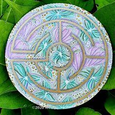 Labyrinth Walk, Doodle Art, Tangled, Zentangle, Decorative Plates, Doodles, Labyrinths, Drawings, Inspiration