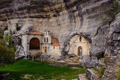 Cuevas Ojo Guareña y Ermita de San Bernabe