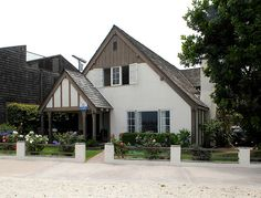 Mission Bay Vacation Rentals - Vacation home information 2790 Bayside Walk #A, San Diego 92109