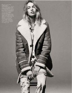 b0733621046b4 Retrouvez toute la collection de manteaux pour femme  trench, doudoune  fine, parka, blouson en cuir. Et profitez de la livraison offerte en  boutiques!