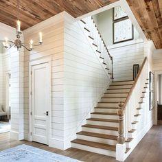 Puertas blanca con madera roble