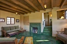Palm Springs Vacation Rentals. Living room view in Guest House #139.