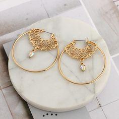 Unique Bohemian Dangle Hoop Earrings Boho Chic in Gold for Teens for Women - pendientes de aro de oro - www.MyBodiArt.com