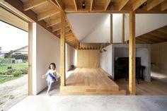 Image 1 of 26 from gallery of Minka 2013 / THTH architects. Photograph by Satoshi Ikuma Wood Architecture, Japanese Architecture, Contemporary Architecture, Modern Cottage, Through The Window, Japanese House, Minka, Malm, Urban Design