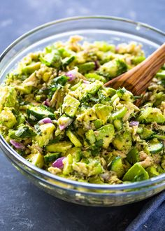 Tuna salad made naturally creamy with the addition of avocado. This super easy to make salad is healthy, light and refreshing and is great for a keto or low-carb diet. Tuna Recipes, Avocado Recipes, Salad Recipes, Diet Recipes, Cooking Recipes, Healthy Recipes, Clean Recipes, Avacado And Tuna, Avocado Salad