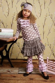 ELizabeth Top, Prima Tutu, Tango Legging (pink sage dot)   Elizabeth Top: Sizes 3T, 4T, 4, 5, 6Prima Tutu Sizes: 3T, 4T, 4, 5, 6 Tango Legging Sizes: 3T, 4T, 4, 5, 6 Visit our facebook page with any questions http://www.facebook.com/#!/LollipopsChildrensBoutique1
