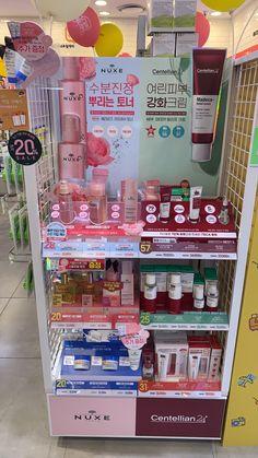 Makeup Display, Cosmetics