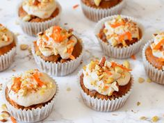 These Pumpkin Cupcakes with Marshmallow Frosting are super soft, moist and topped with a delicious and fluffy marshmallow cream cheese frosting! You'll love every bite. Carrot Cake Muffins, Carrot Cake Cupcakes, Savory Pumpkin Recipes, Cooking Pumpkin, Frozen Pumpkin, Marshmallow Frosting, Baking Cups, Savoury Cake, How Sweet Eats