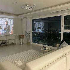 Room Design Bedroom, Home Room Design, Home Interior Design, Bedroom Decor, House Design, Korean Apartment Interior, Deco Studio, Appartement Design, Minimalist Room