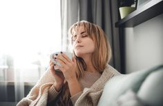 Fight and prevent seasonal colds with these ten remarkably easy strategies to boost immune system cells and feel good during the winter - and the rest of the year! White Blood Cell Count, White Blood Cells, Turkey Tail Mushroom, Itchy Throat, Boost Immune System, Feeling Sick, Beauty Inside, Lavender Oil, Health Articles