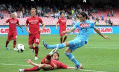 "Sports Obsession | Edinson Cavani | Resumen de Noticias | Di Laurentiis: ""Le arranco la cabeza"" [Pulsa para leer]"