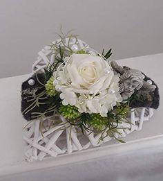 Funeral Flower Arrangements, Funeral Flowers, Arte Floral, Basket, Valentines, How To Make, Christmas, Crafts, Hearts