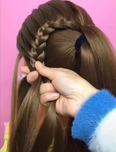 Easy Hairstyle For Long Hairs Beautiful girls hairstyles. More from my Easy to Do Everyday Hairstyle Ideas for Short, Medium & Long Hairs 15 Easy to Do Everyday Hairstyle Ideas for Short, Medium & Long Hairs Cool Hairstyles For Girls Cool Hairstyles For Girls, Kids Braided Hairstyles, Weave Hairstyles, Short Girl Hairstyles, Girl Hair Dos, Natural Hair Styles, Short Hair Styles, Stylish Hair, Hair Videos
