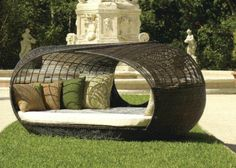 Unique and Luxurious Outdoor Furniture Outdoor Daybed, Outdoor Hammock, Hammocks, Indoor Outdoor, Types Of Furniture, Cool Furniture, Outdoor Furniture, Outdoor Spaces, Outdoor Living