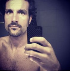 http://www.gossip.it/news/luca_betti_dopo_pechino_e_selfiemania_news.html?ID=1411568918