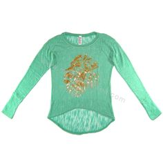 Unnies #FelizLunes, para iniciar la semana, ¿que les parece brillar con esta blusa primaveral, con un león que refleja los calurosos y dorados rayos del sol? Consíguela en cualquiera de estos enlaces: http://www.modacoreana.com/blusa-green-flash-con-estampado-de-leon-en-color-dorado-17238477xJM https://www.kichink.com/buy/957710/modacoreana/blusa-green-flash-con-estampado-de-leon-en-color-dorado Ya disponible también en URBAN MODEL #modaprimavera #modacoreana #modadecorea #corea #koreafashio