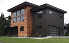 Nova offers a wide selection of options when it comes to exotic hardwood siding. Natural hardwood siding is durable and absolutely stunning! Exterior Siding Options, Exterior Cladding, Exterior Colors, Exterior Paint, Exterior Design, Cladding Design, Wood Cladding, Cladding Ideas, Black House Exterior