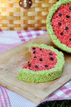 Watermelon Rice Crispie Treat; adorable & delicious. Used chocolate chips instead of raisins.