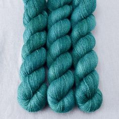 My Kelley is named for BabsÕ friend Kelley and is a vibrant emerald blue-green, a...