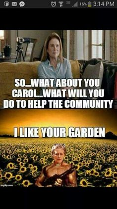 Lol Carol is the best! Walking Dead Quotes, Walking Dead Funny, Twd Memes, Stuff And Thangs, A Funny, Funny Stuff, Daryl Dixon, Best Shows Ever, Favorite Tv Shows