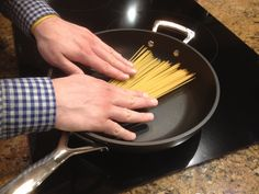 How To Cook Pasta Using Only A Frying Pan - YouTube