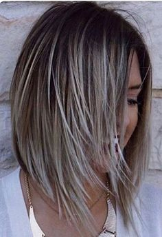 30 Edgy Bob Haircuts To Inspire Your Next Cut – - Schulterlange Haare Ideen Hair Color And Cut, Haircut And Color, Edgy Bob Haircuts, Edgy Hairstyles, Bobbed Haircuts, Medium Bob Hairstyles, Hairstyles 2016, Hairdos, Medium Hair Styles
