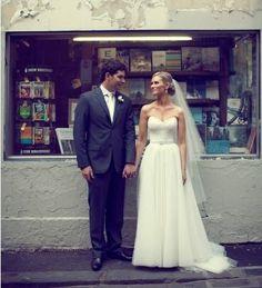 2bceea1c49d Karen Willis Holmes Madelyn Wedding Dress On Sale - 57% Off