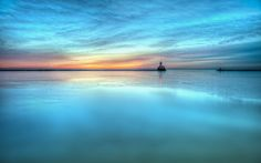 lighthouse on a sea wall - Desktop Nexus Wallpapers Beautiful Nature Pictures, Cool Pictures, Cool Photos, Interesting Photos, Sunrise Wallpaper, Happy New Year Wallpaper, Background Images Wallpapers, Sea Photo, Landscape Wallpaper