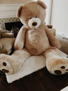 costco bear i want one ! Huge Teddy Bears, Giant Teddy Bear, Big Bear, Kung Fu Panda, Costco Bear, Bear Tumblr, Winnie The Pooh, Bear Valentines, Toys