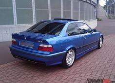 Perfect BMW E36 M3 Avus blue