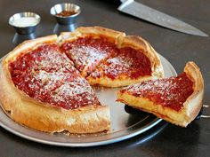 Giordano's Famous Stuffed Deep Dish Pizza - Crockpot Recipes Copycat Recipes, Pizza Recipes, New Recipes, Favorite Recipes, Recipies, Summer Recipes, Italian Recipes, Chicken Recipes, Deep Dish Pizza Pan