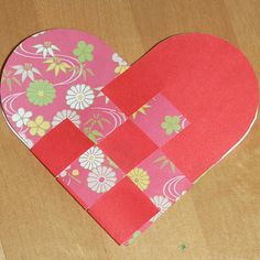 woven paper heart baskets and valentine ideas blog hop #mamapeapod