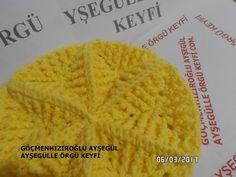 Yıldız (mozaik) motif modeli yapılışı - YouTube Magia Do Crochet, Love Crochet, Crochet Granny, Diy Crochet, Crochet Flowers, Knitted Blankets, Knitted Hats, Crochet Hats, Diy And Crafts