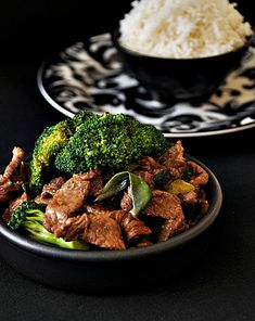 GINGER AND SHALLOT BEEF WITH BROCCOLI